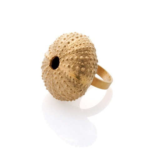 18K yellow gold sea urchin finger ring
