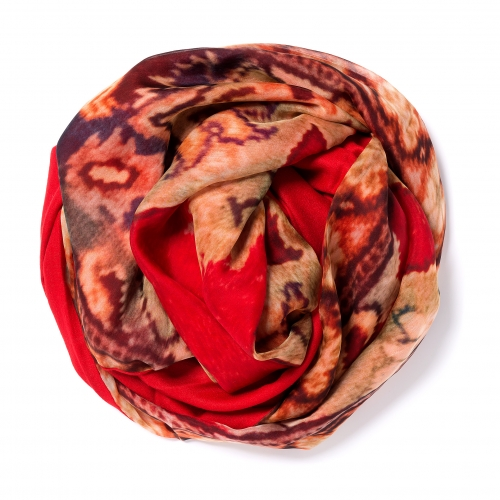 Red Pashmina  <p>with digital printed silk chiffon (old carpet) attached on one side of the scarf, size: 1x2m<br /></p>