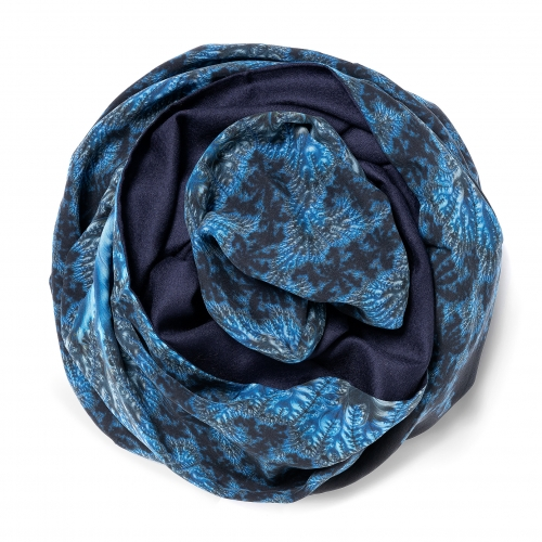 Dark navy blue Pashmina  <p>with digital printed silk chiffon (computer generated fractal based on the Mandelbrot set) attached on one side of the scarf, size: 1x2m<br /></p>