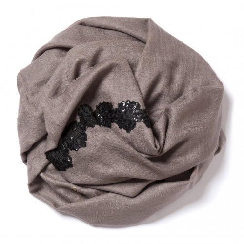 Clay brown Pashmina  with black floral lace border on the widths